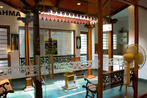 Chettinad style houses chennai house interior for Chettinad house architecture design